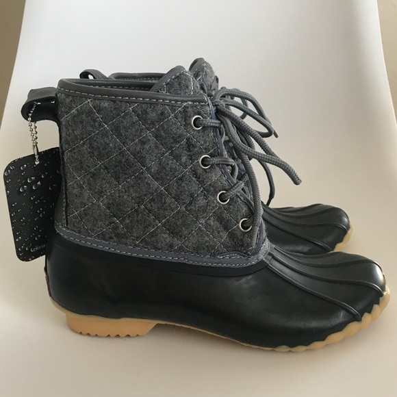 463932fe5d6 NWT Chooka Eastlake Quilted Duck Boots Size 6